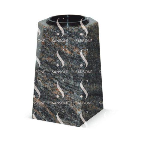 V1801 - Petit vase carré en granit