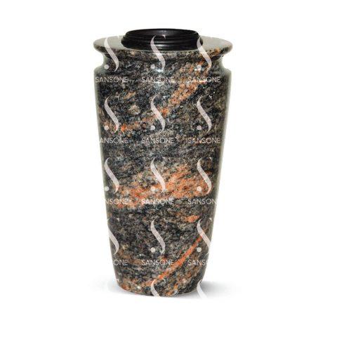 T57 - Vase tourné en granit